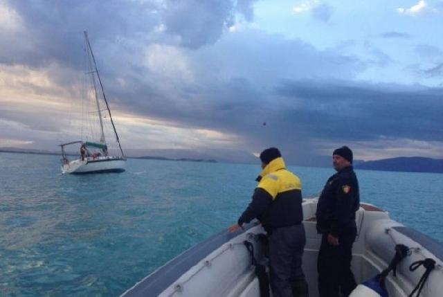 Ship with three Israeli on board in Saranda saved from sinking by Albanian Coast Guard