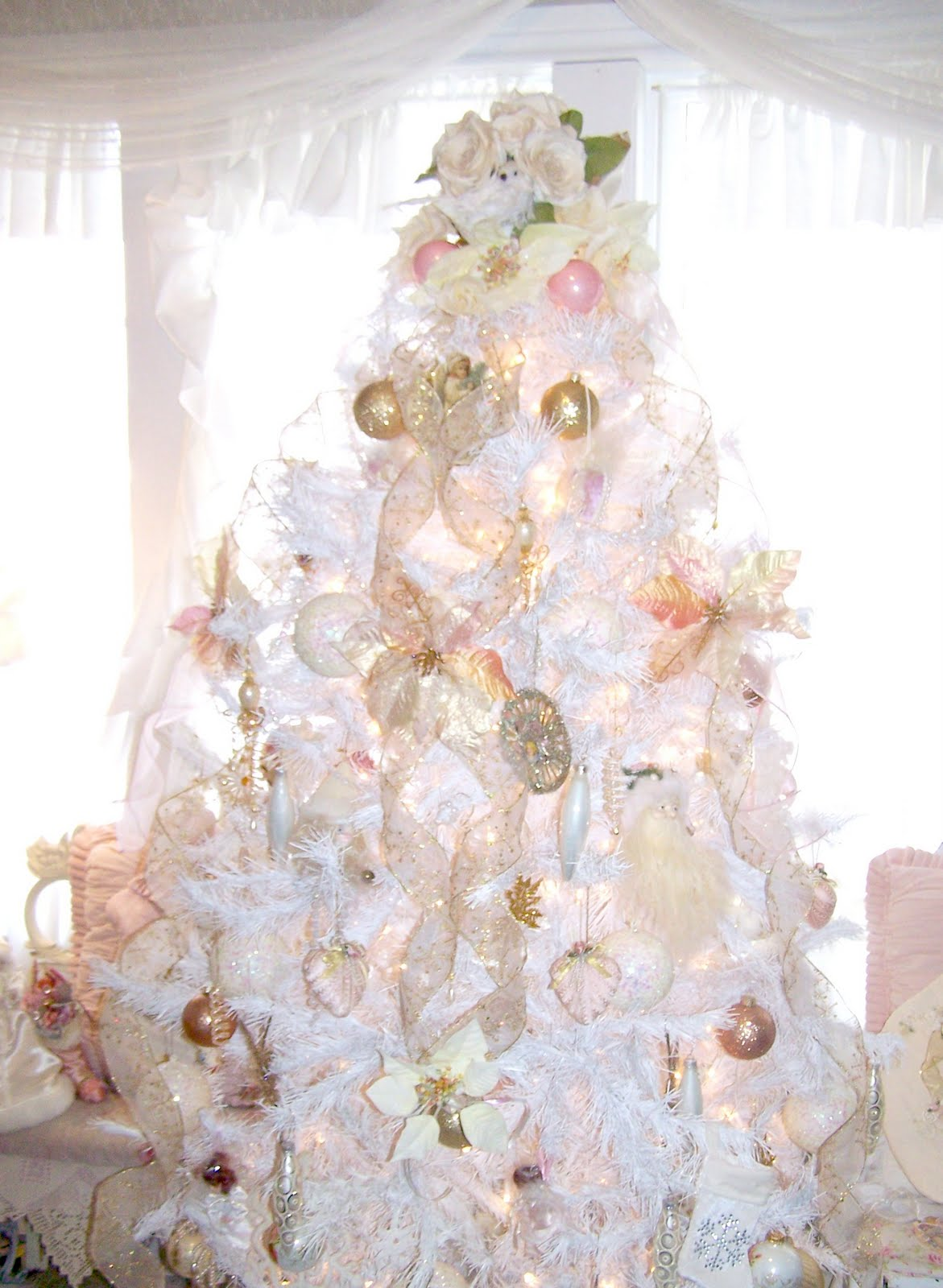 Olivia 39 s romantic home shabby chic white christmas tree - Navidad shabby chic ...