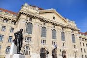Ha terjedni kezd a koronavírus, két hétre is bezárhatják a Debreceni Egyetemet