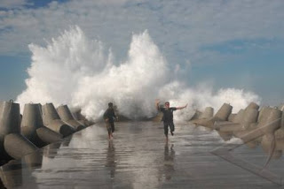 tetrapod pantai glagah kulonprogo