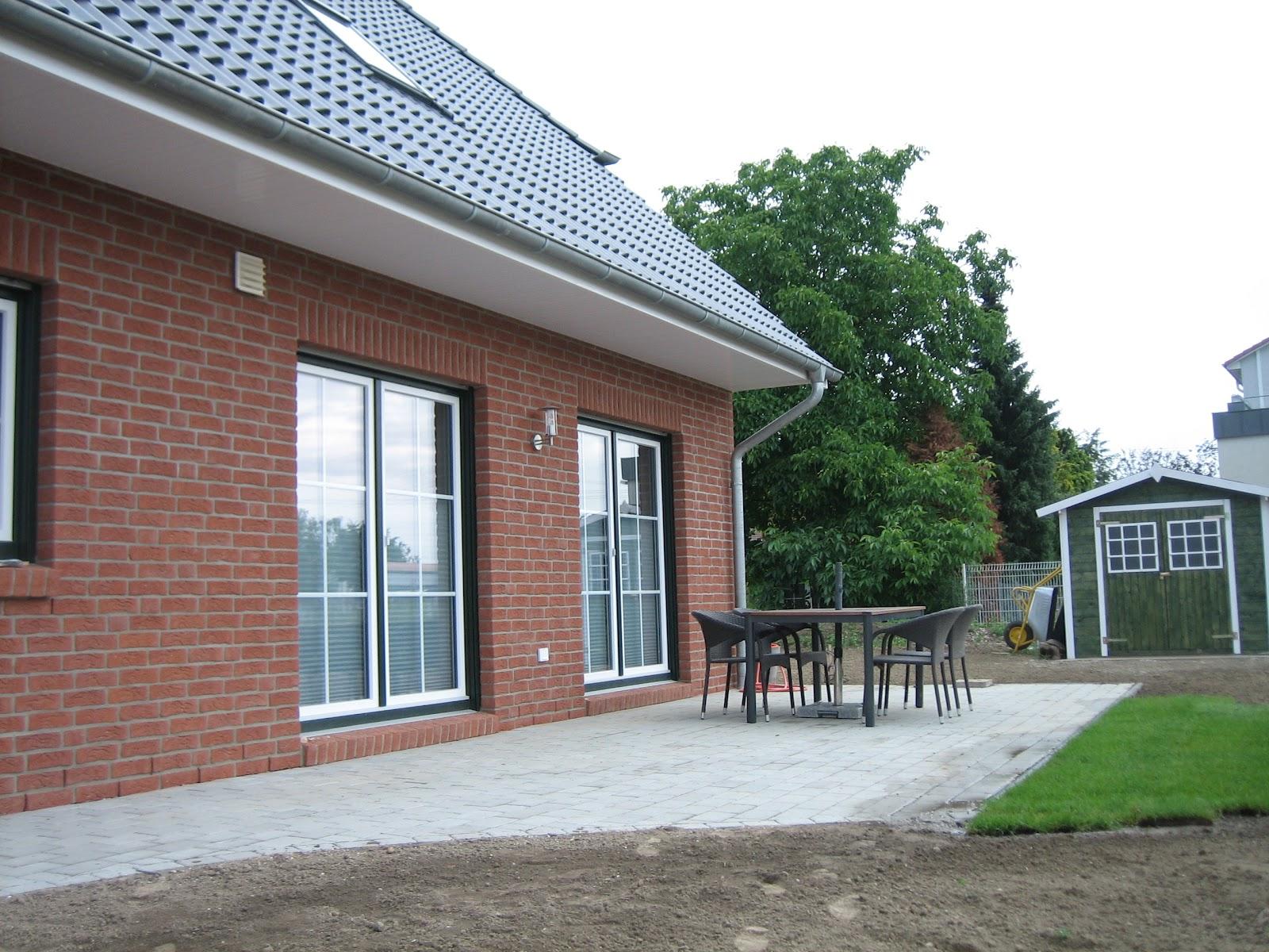 eco systemhaus in gehrden terrasse und co. Black Bedroom Furniture Sets. Home Design Ideas
