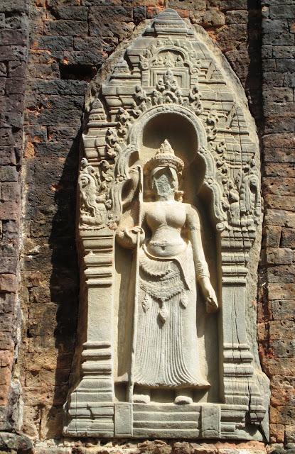 Detalle de Lolei en Angkor, Camboya