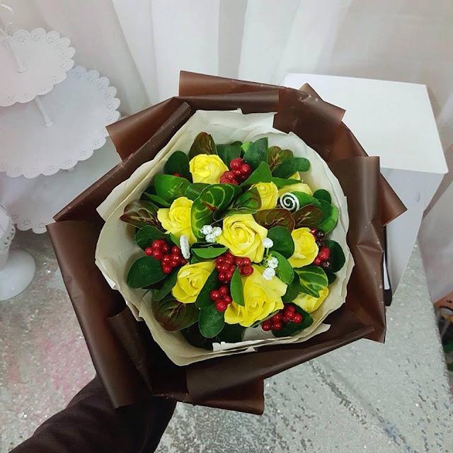 Hoa hong sap thom vinh cuu tai Le Hong Phong
