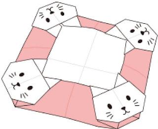 Bước 12: Hoàn thành gấp cái đĩa hình con mèo