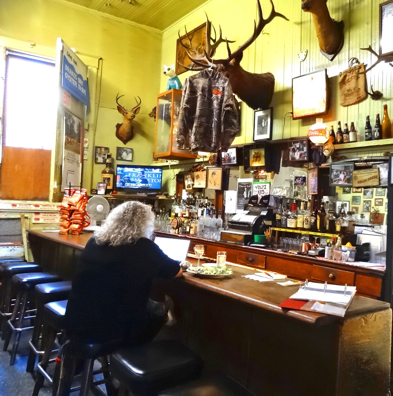 Mad meat genius for Food bar petaluma