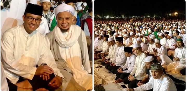 Doa KH M Arifin Ilham di Milad ke-20 FPI