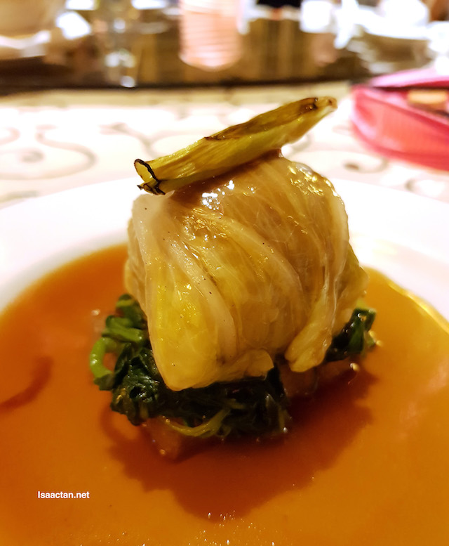 """Braised chicken """"Lion Head"""" with leek and spinach"""