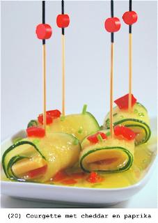 Courgette met cheddar, paprika en gekruid olijfolie