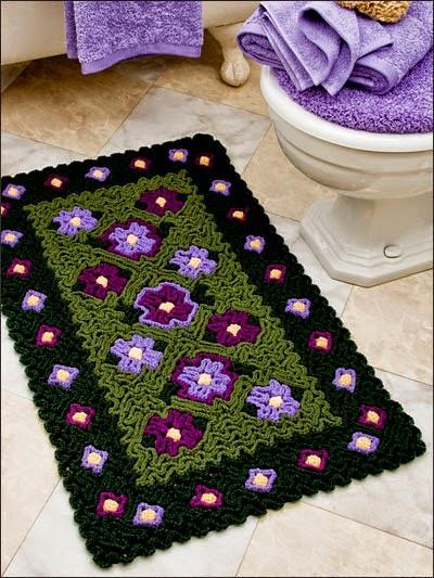 tapete para baño al crochet usando técnica de tejido en relieve