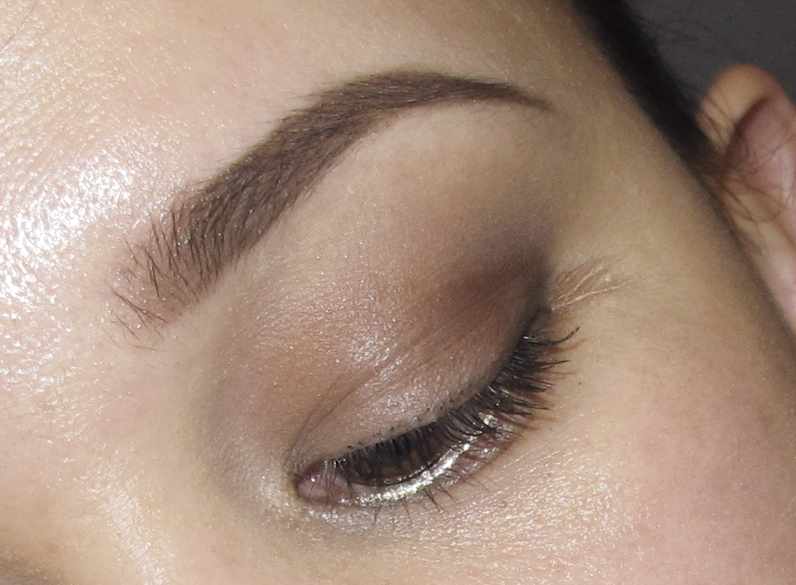 dipbrow and lustre long lasting closeup