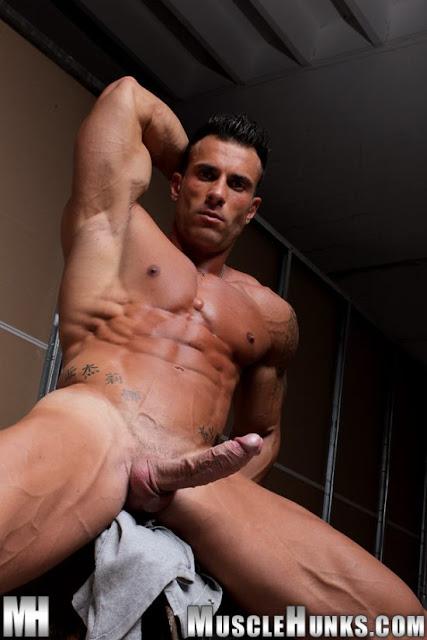 Fotos de homens pelados