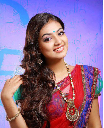 Nazriya Nazim Fahadh in red saree