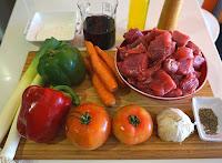 El mejor estofado de carne de ternera en salsa.