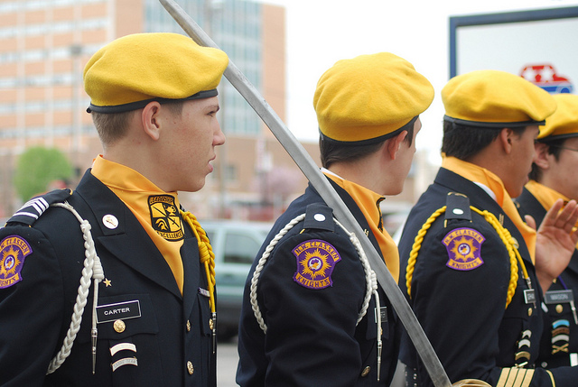 8bab7494a4 Not for the shy and self-conscious  wearing a yellow beret does require a  certain amount of confidence and sturdiness. You re not alone though.
