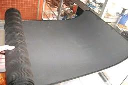 Mencuci Matras Camping dan Matras Alumunium Foil
