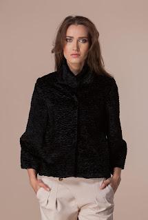 Jacheta scurtă de damă din blană – Ama Fashion