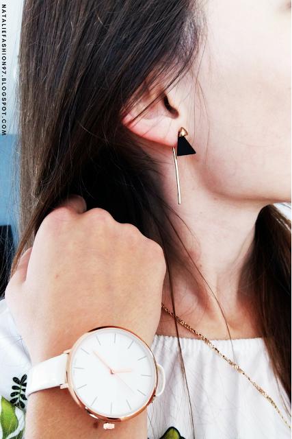 https://www.zaful.com/triangle-bar-front-back-earrings-p_282199.html?lkid=11379897