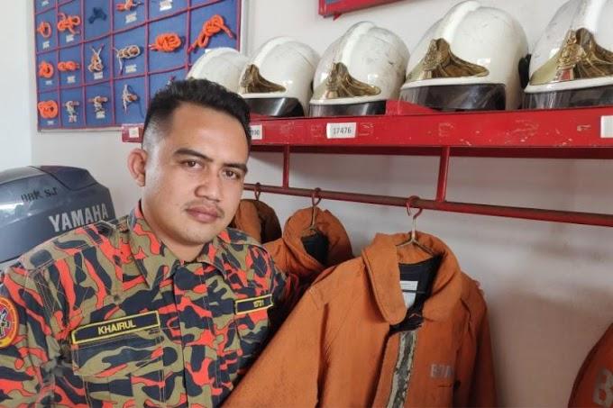 Pakaian Muhammad Adib ketika operasi terakhir pada malam kejadian masih tergantung di rak pakaian di balai