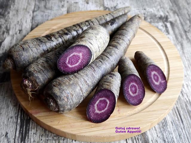 Fioletowa (czarna) marchew - surówka  - Czytaj więcej »