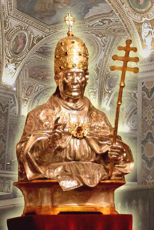 Busto de São Gregório VII  em ouro e prata, na catedral de Salerno