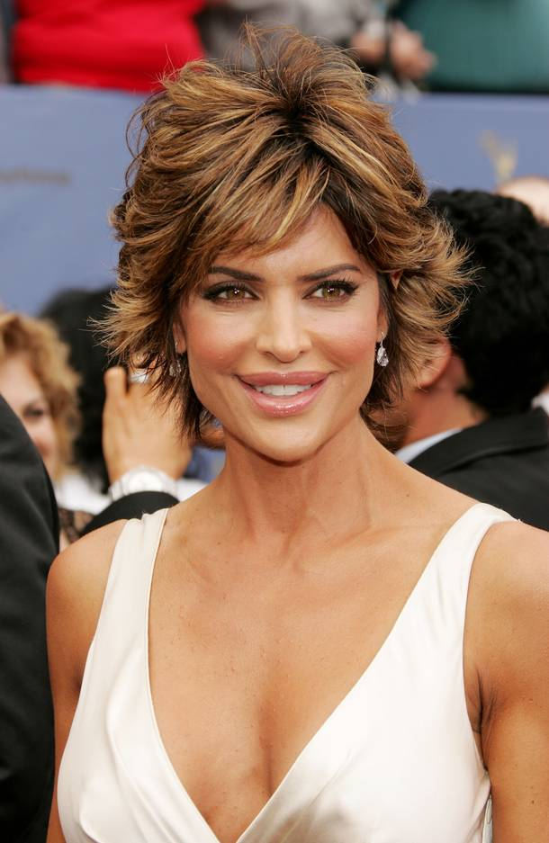 lisa rinna hairstyle pictures 2015 celebrity hairstyle haircut ideas lisa rinna short
