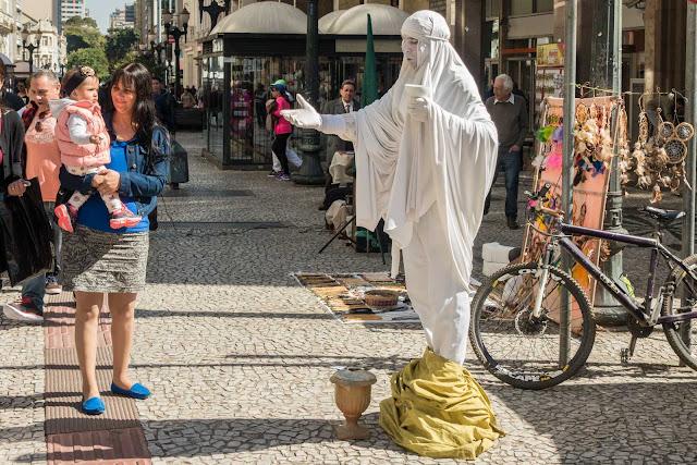 A estátua humana