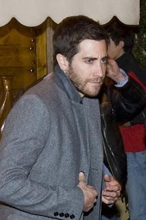 Gyllenhaal bear wild grylls vs man jake