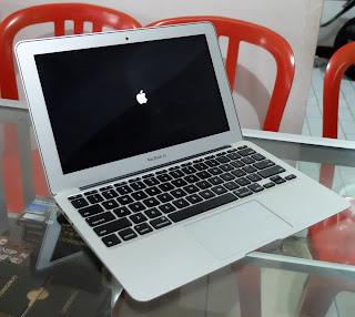 MacBook Air Core i5 (11-inch Mid 2012)