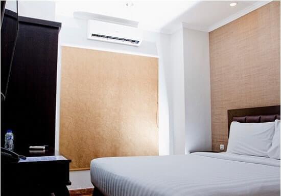 p hotel pramuka jakarta standard room