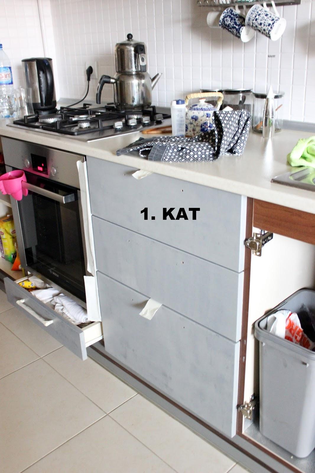 Bikağıt Bimakas Mutfak Yenileme Dolap Kapaklarini Boyadim