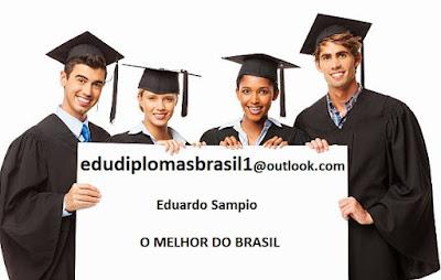 Alunos felizes em comprar seu diploma com Eduardo Sampaio