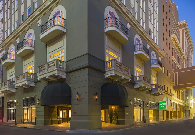 Located in the middle of The Big Easy, Courtyard New Orleans French Quarter/Iberville is your gateway to one of the world's most legendary destinations.