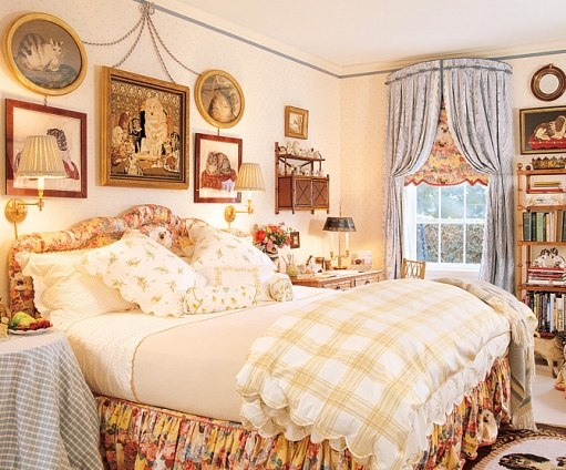 Hydrangea Hill Cottage French Country Decorating: Hydrangea Hill Cottage: Romantic Bedrooms Of Mario Buatta