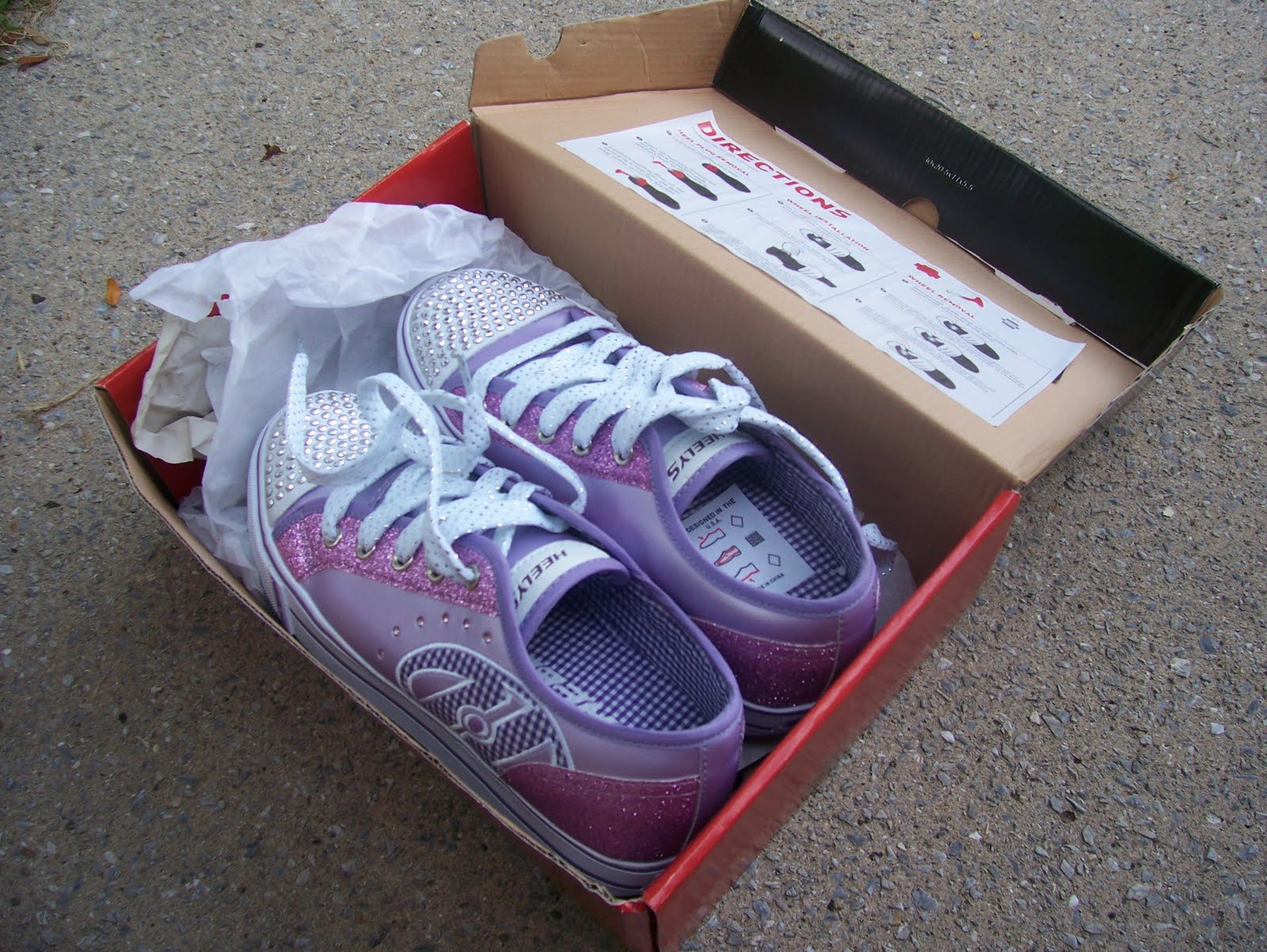 Heely skate shoes reviews - I Chose Heelys Sassy Skate Shoes Very Pretty Lots Of Bling They Are Pink Purple Pearlized Synthetic Leather With Glitter Accents And Rhinestones