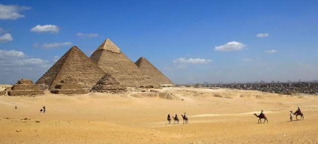 Πάπυρος αποκαλύπτει πως κατασκεύασαν οι Αιγύπτιοι τις πυραμίδες της Γκίζας