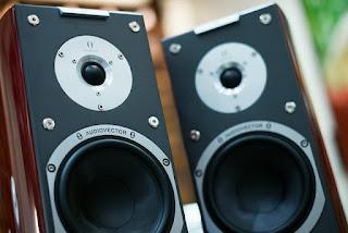 penyebab suara speaker tidak seimbang