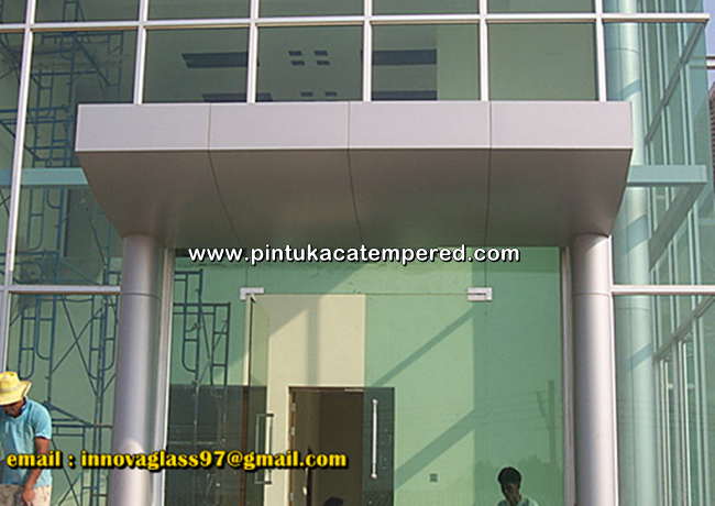 Pintu Kaca Tempered Frameless