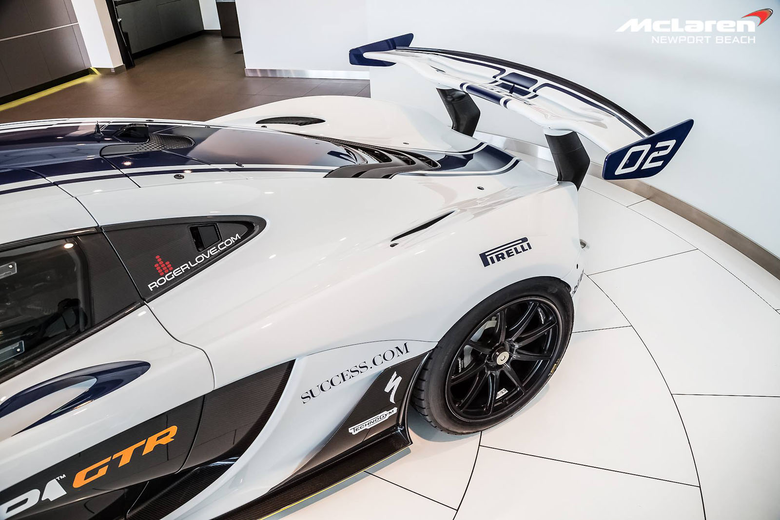 mclaren p1 gtr listed for sale in southern california carscoops. Black Bedroom Furniture Sets. Home Design Ideas