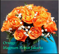 Orange Rose in Glass Vase Mawar Florist Jakarta Indonesia