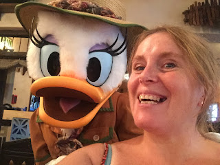 Meeting Daisy Duck, Animal Kingdom Walt Disney World