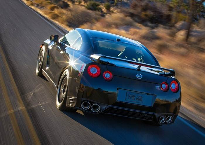 2014 nissan gt r track edition review specs photo latest car review. Black Bedroom Furniture Sets. Home Design Ideas