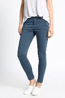 pantaloni-femei-din-colectia-medicine-6