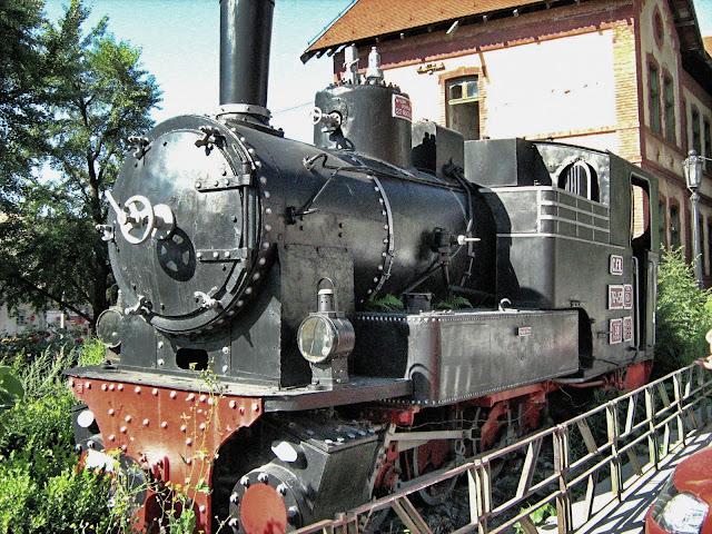 Locomotivã conservatã în gara din Sighişoara