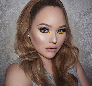 Nikkietutorials Makeup >> Dear Person Reading This,: Contour Fail / Mustache Win