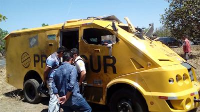 Ataques a três agências dos Correios e explosão de carro forte marcaram a quarta-feira no Piauí