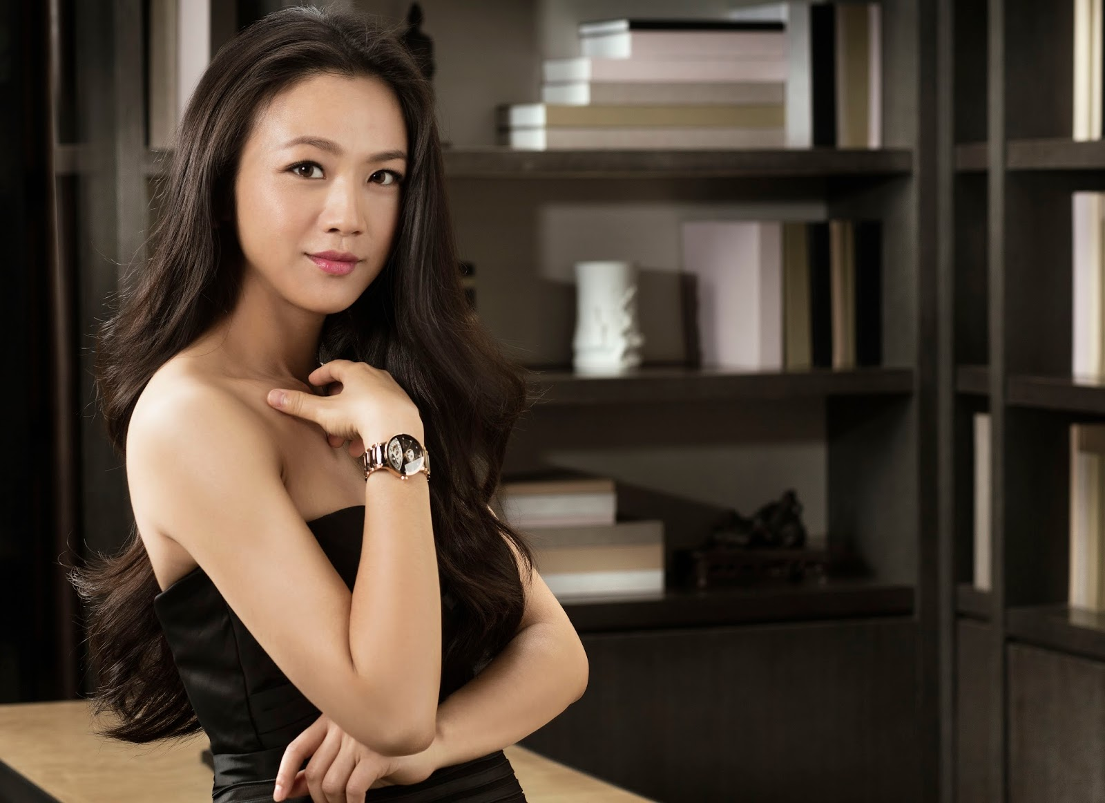 Kee hua chee live famous chinese actress tang wei opens for Wei wein kühlschrank