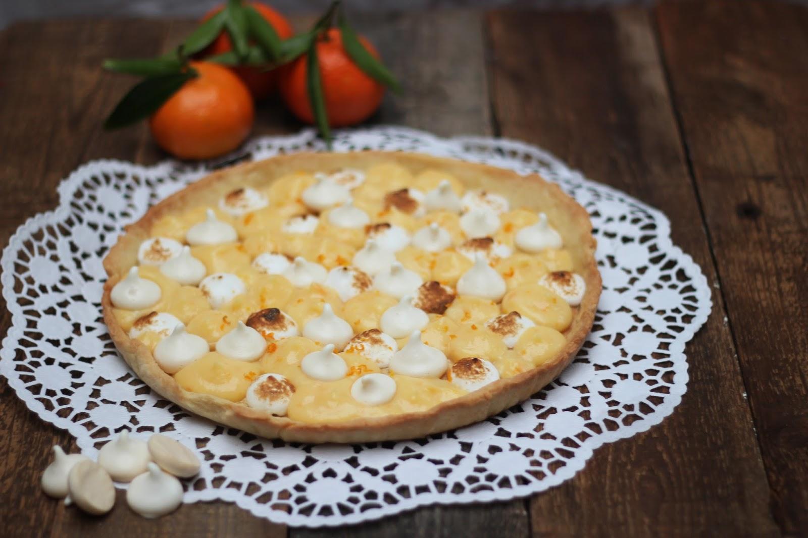 http://carnet-sucre.blogspot.com/2015/11/tarte-clementine-meringuee.html