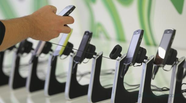 Cara mengetahui smartphone resmi atau black market