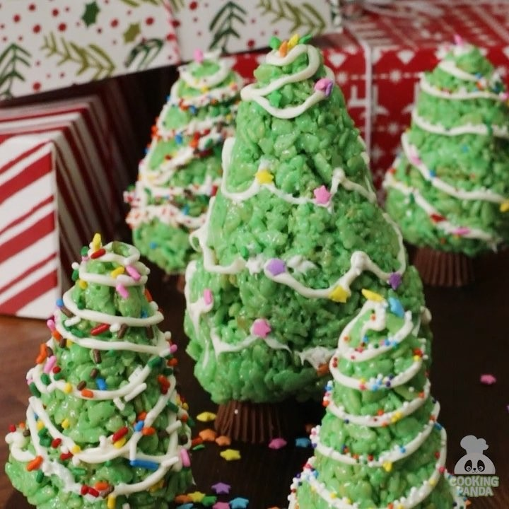 Chocolate Ripple Christmas Tree Cake