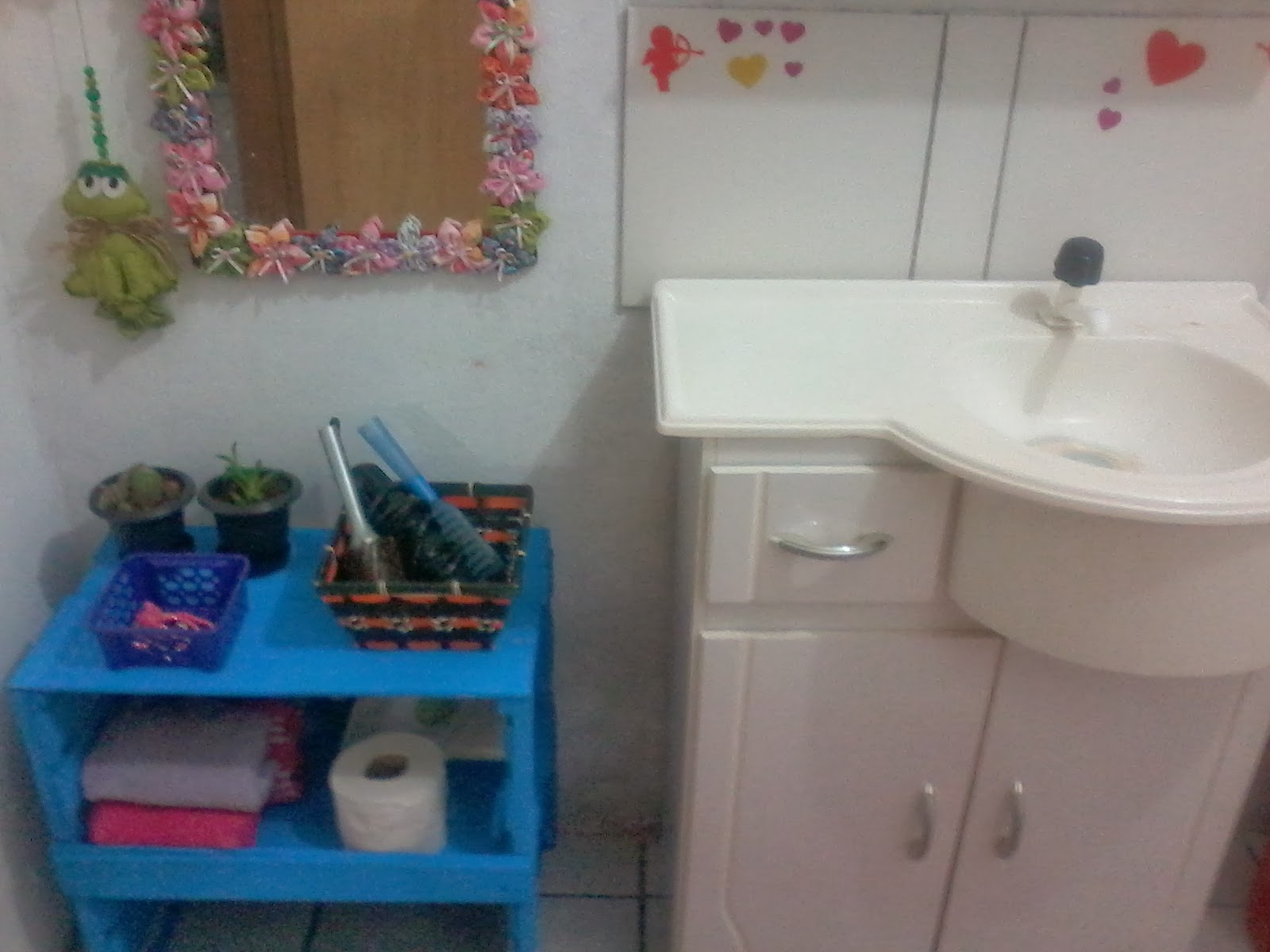 MIMANDO MINHA CASINHA Armário para banheiro de caixote de
